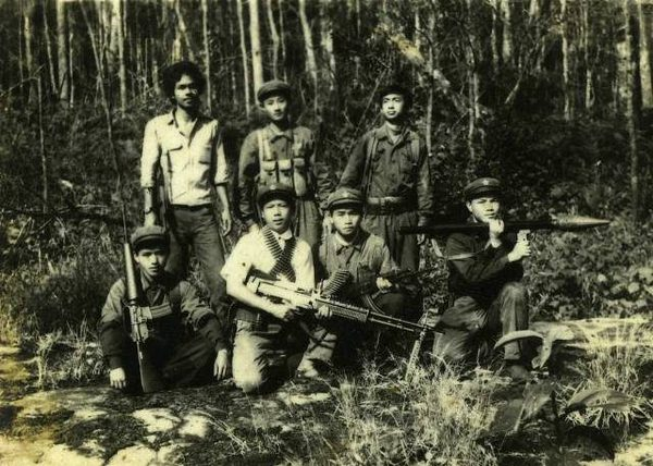 Thai students, who had joined communist insurgency groups, set up a stronghold in Khao Sok